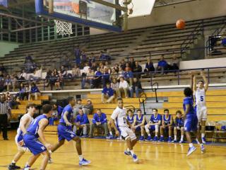Basketball vs Mandeville, December 20, 2016